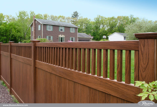 wood-grain-vinyl-pvc-privacy-fence-rosewood-1