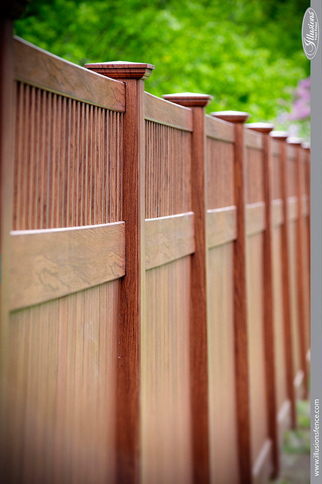 wood-grain-vinyl-pvc-privacy-fence-rosewood-4