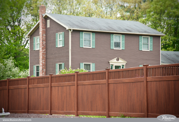 wood-grain-vinyl-pvc-privacy-fence-rosewood-5